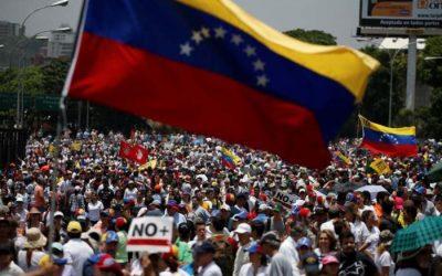 Più di 100 giornalisti minacciati durante le proteste in Venezuela
